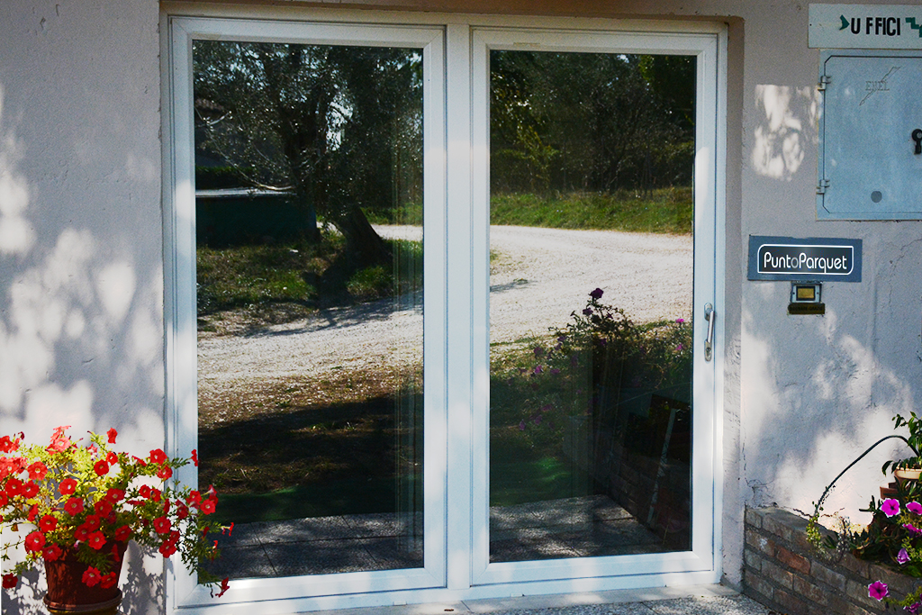 Infissi e porte finestre in PVC a Terni Umbria e Roma Lazio
