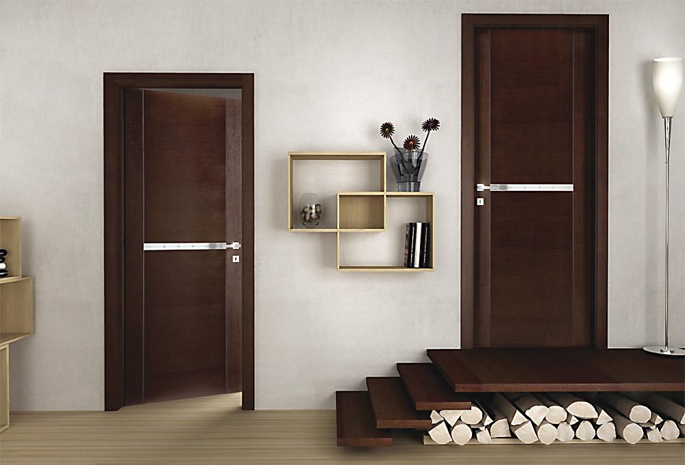 Porte da interno in legno massello o tamburato a terni for Immagini porte interne
