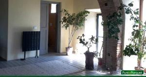 Ristrutturazione ex stalla - pavimento con tavolato in legno - PuntoParquet Amelia Terni Umbria