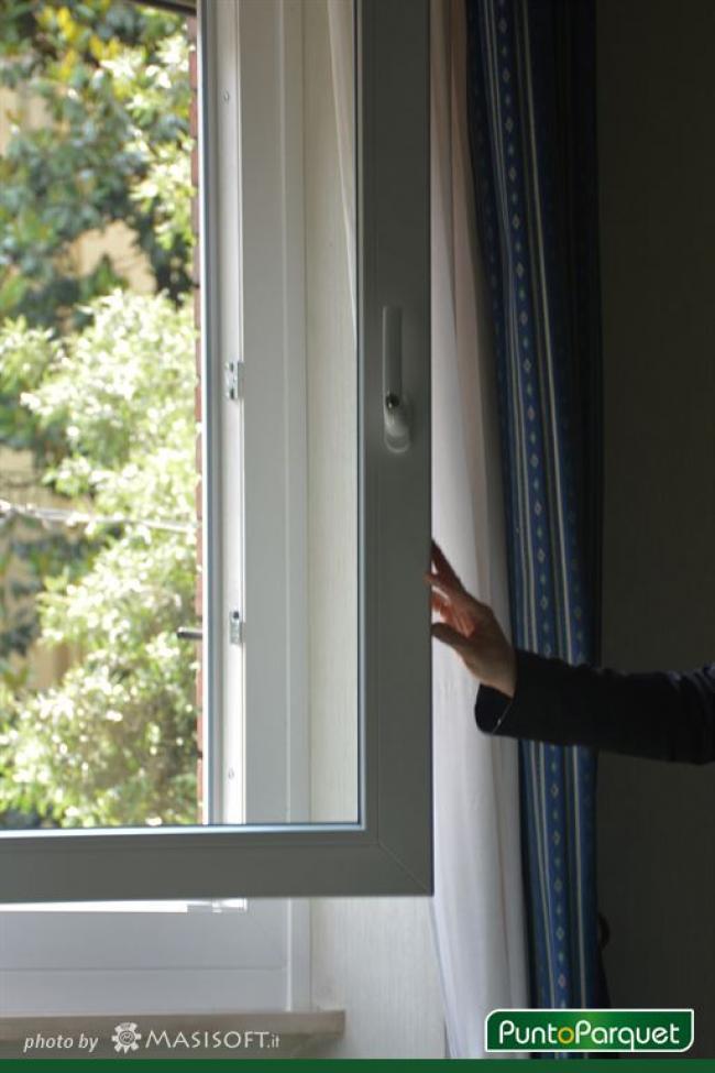Infissi in PVC - Sostituzione serramenti con detrazione fiscale - Hotel de Paris  - Terni Umbria
