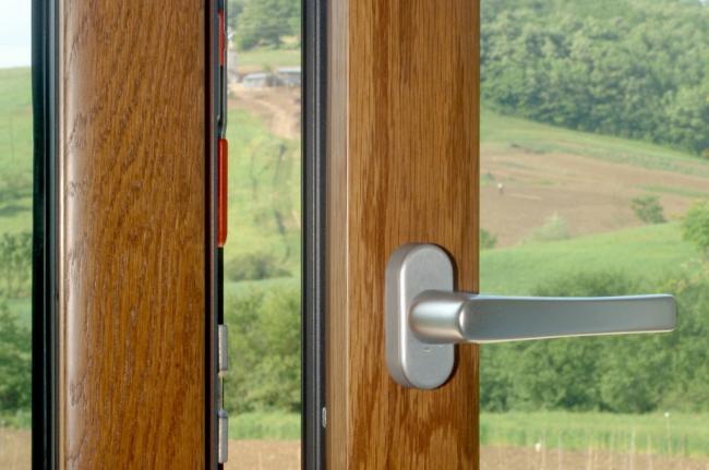 Infissi legno pvc in serramenti amelia terni umbria for Infissi pvc legno