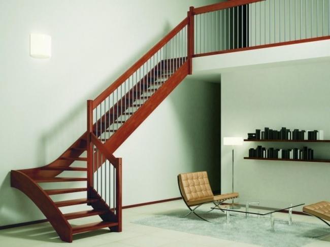 scale-chiocciola-giorno-legno-ferro