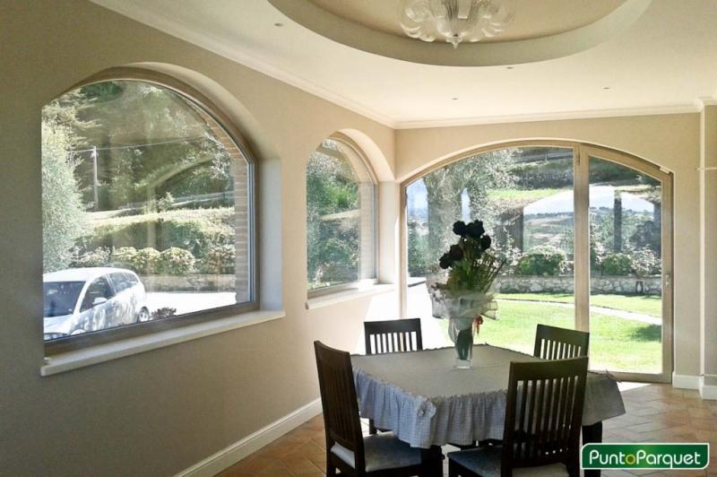 Infissi in PVC ad arco per portico - soggiorno
